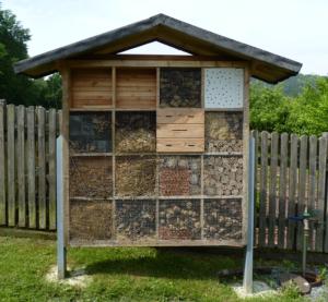Insektenhotel des Obst- und Gartenbauvereins